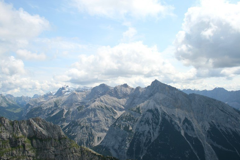 Der Blick über die Karwendel-Berge