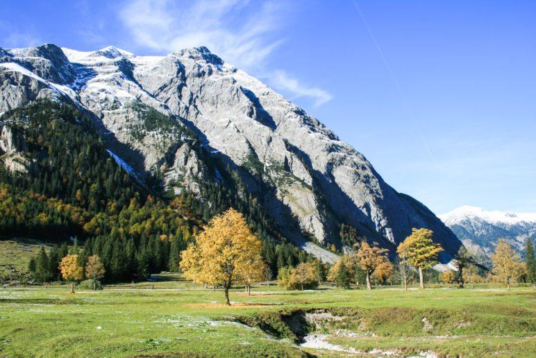 Der große Ahornboden im Karwendel am Ende des Engtales.