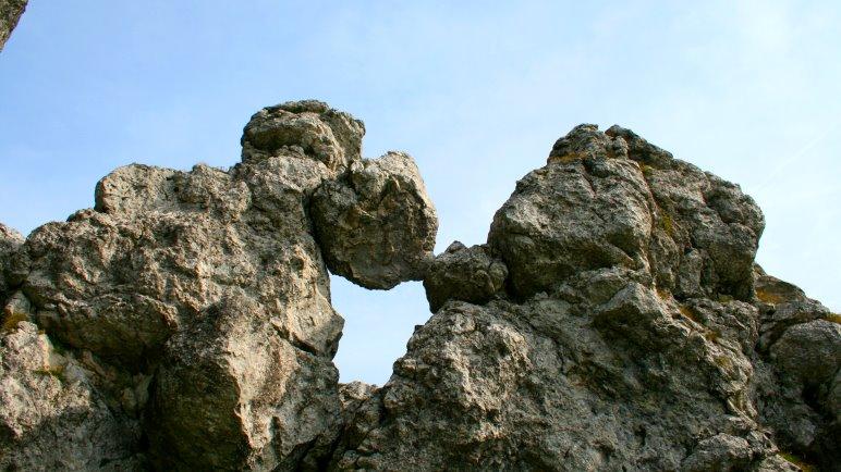 Im Abstieg vom Fockenstein muss man auch mal die Hände nutzen