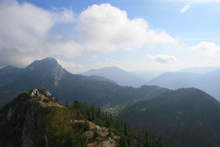 Der Wendelstein, vom Breitenstein-Gipfel aus gesehen