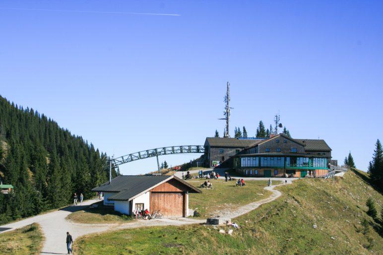 Bergstation, Panoramarestaurant und Wallberg-Gipfel