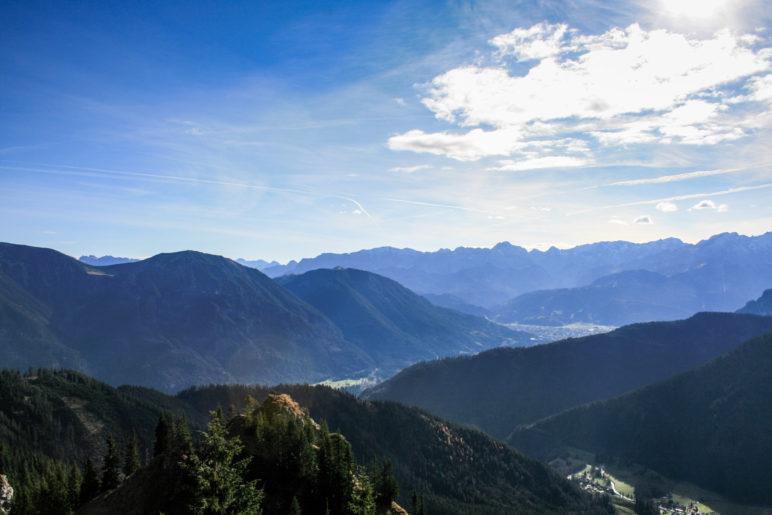 Der Blick in die Alpen Richtung Garmisch-Partenkirchen