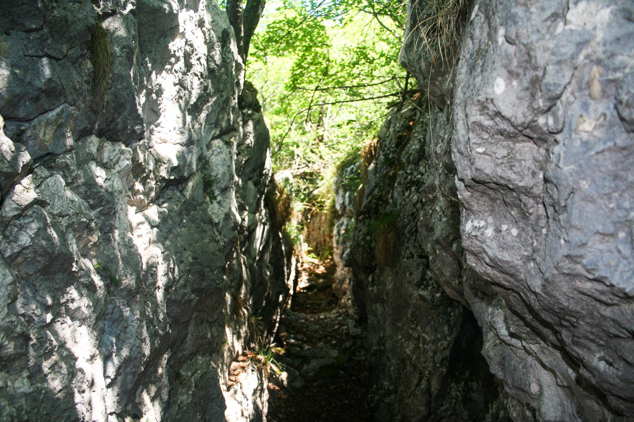 Laufgraben der Befestigungsbauten am Nodice