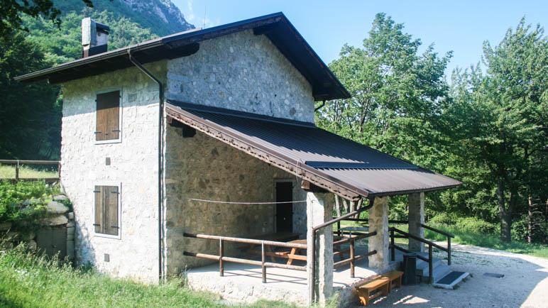 Die unbewirtschaftete Hütte Malga Palaer