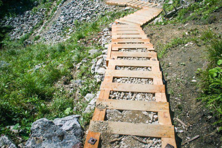 So leichts ist's nicht immer: Treppen auf dem Weg hoch