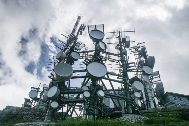 Einige der Antennenanlagen auf dem Wendelstein-Gipfel