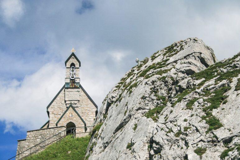 Unser Ziel: Der Wendelstein mit der bekannten Kapelle