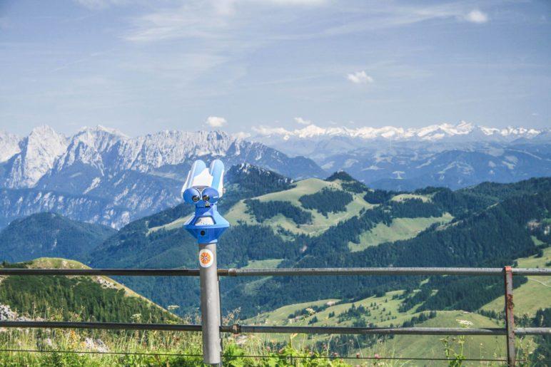 Bei guter Sicht reicht der Fernblick vom Wendelstein bis zum Großglockner und Großvenediger