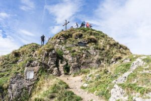 Eine letzte Felsstufe, dann stehen wir auf dem Gipfel der Rotwand
