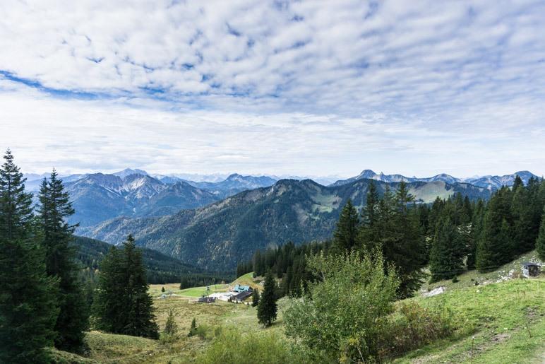 Bergpanorama von der Gipfelstation der Taubensteinbahn