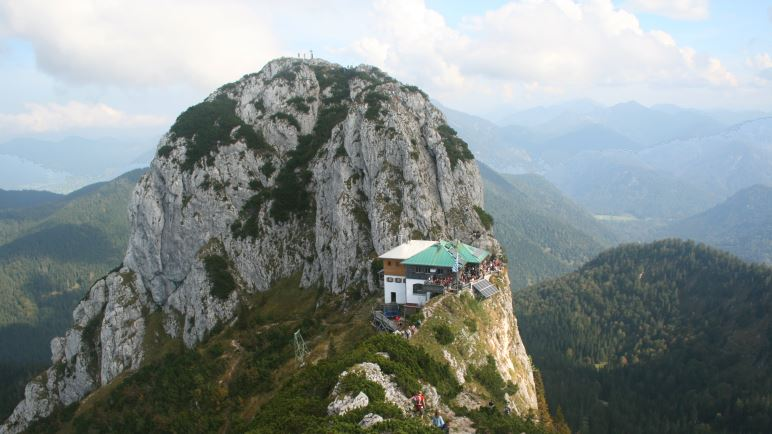 Buchstein und Tegernseer Hütte, vom Roßstein aus gesehen