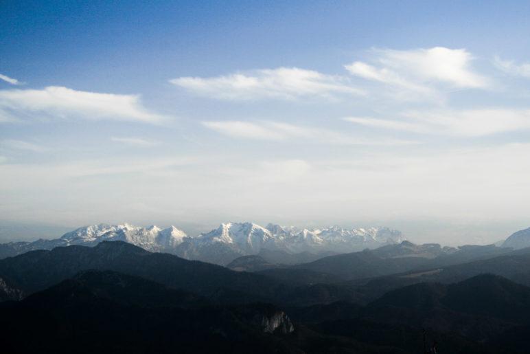 Alpenblick vom Gipfel der Hochplatte