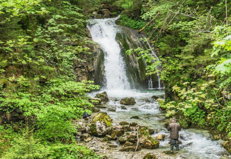 Der erste Wasserfall, direkt unterhalb des Duftbräu