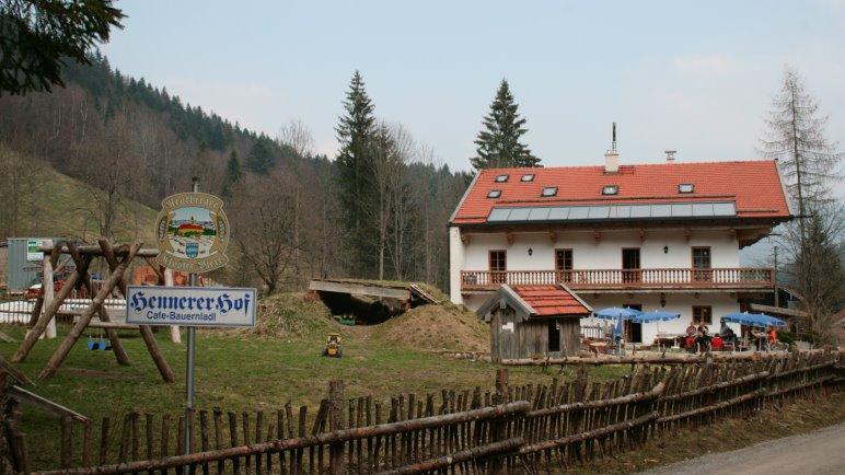 Der Hennererhof am Wanderparkplatz hinter Schliersee
