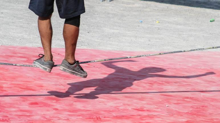 Slackline beim Münchner Sportfestival auf dem Königsplatz