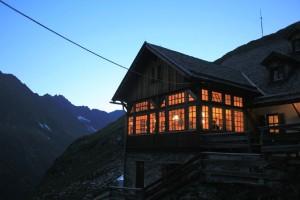 Das Furtschaglhaus am Abend