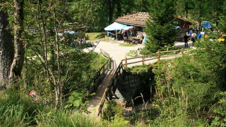 Die kleine Brücke an der Siebenhüttenalm Richtung Wolfsschlucht