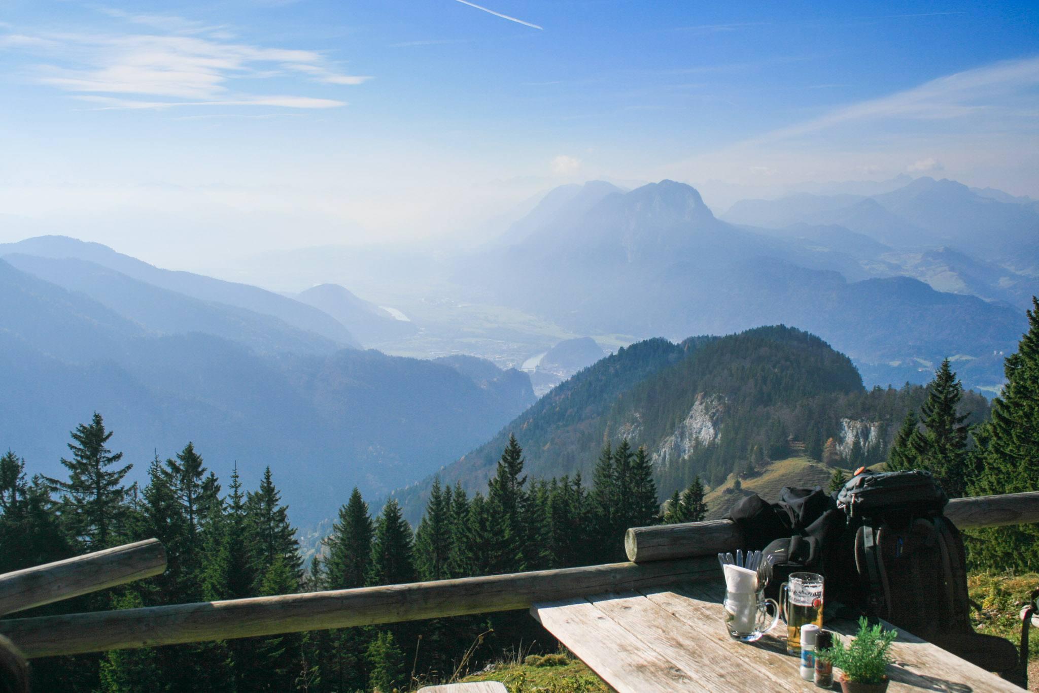 Ausblick vom Vorderkaiserfelden auf die Festung Kufstein