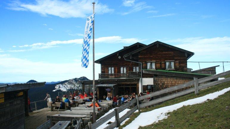 Das Hirschberghaus mit Terrasse