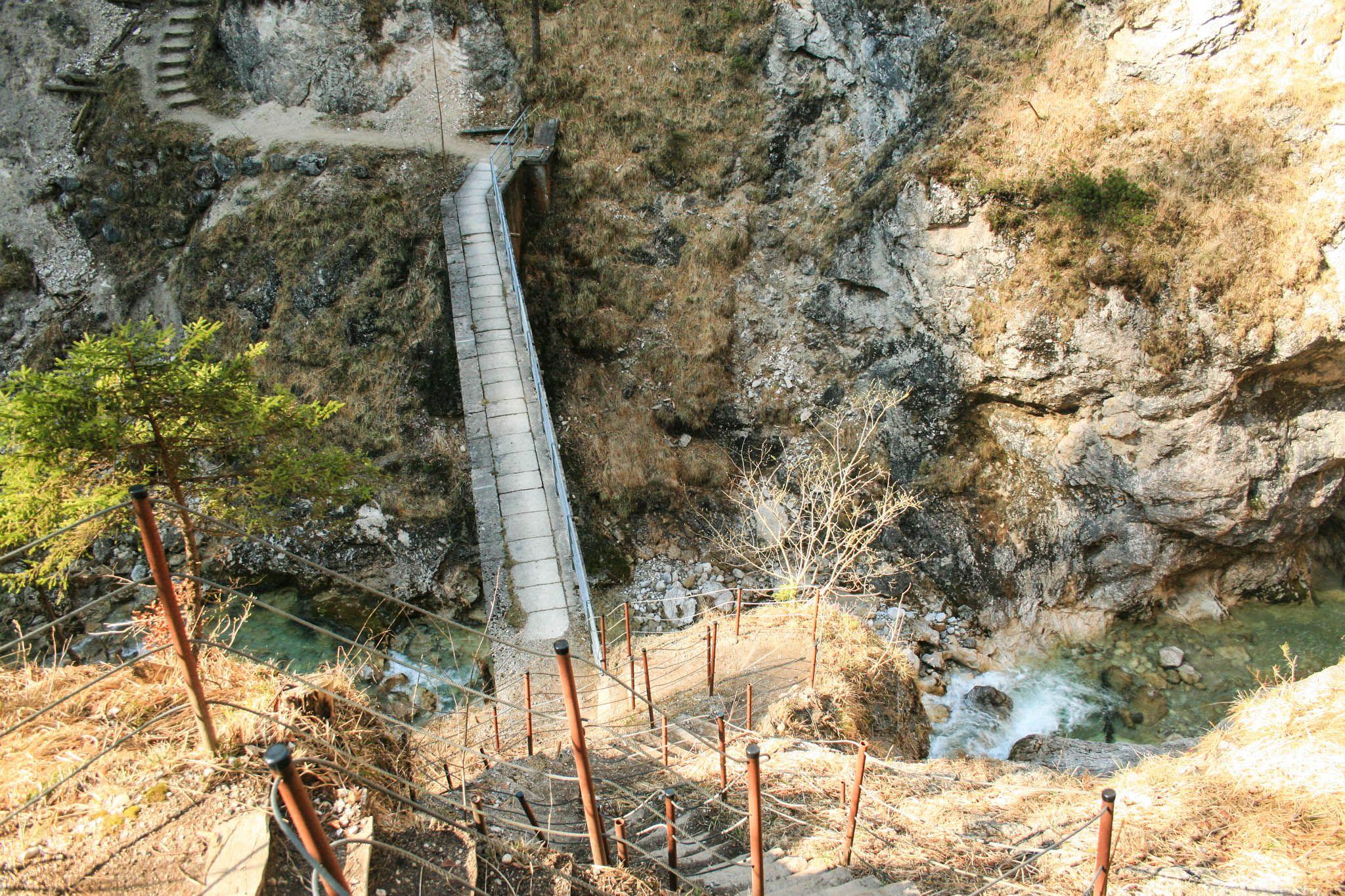 Die Brücke über den Sparchenbach