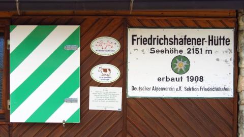 Nicht ganz eindeutig: Die Höhenangaben der Friedrichshafener Hütte