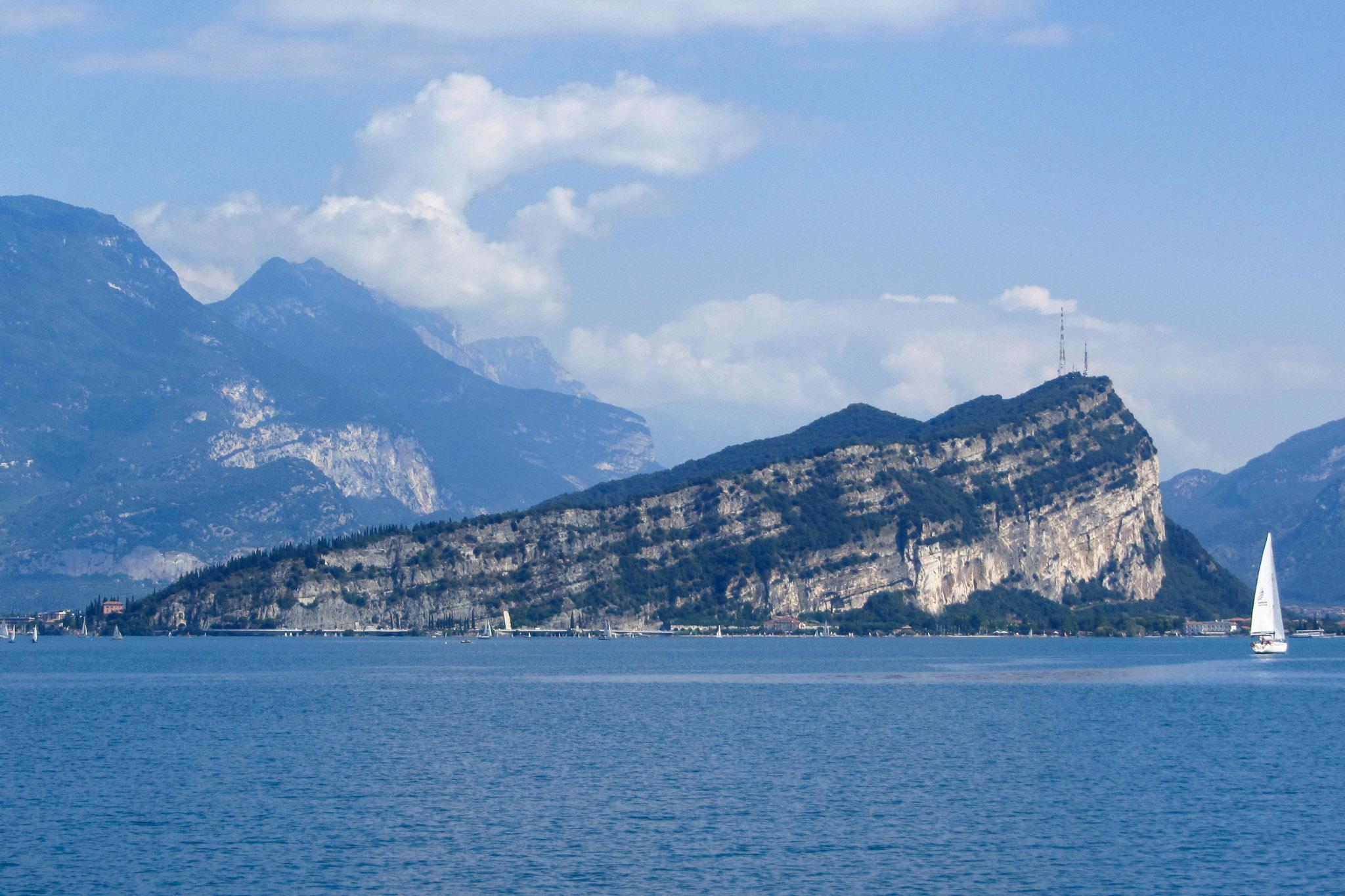 Der Monte Brione am Nordufer des Gardasees