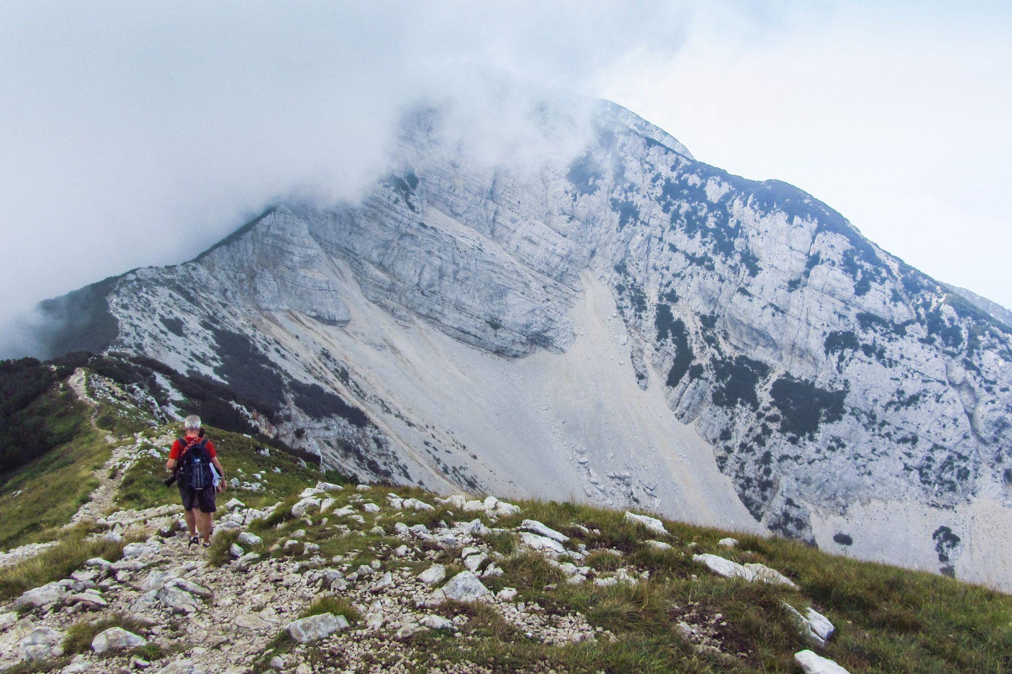 Nebel ziehen über das Valle D'Angual