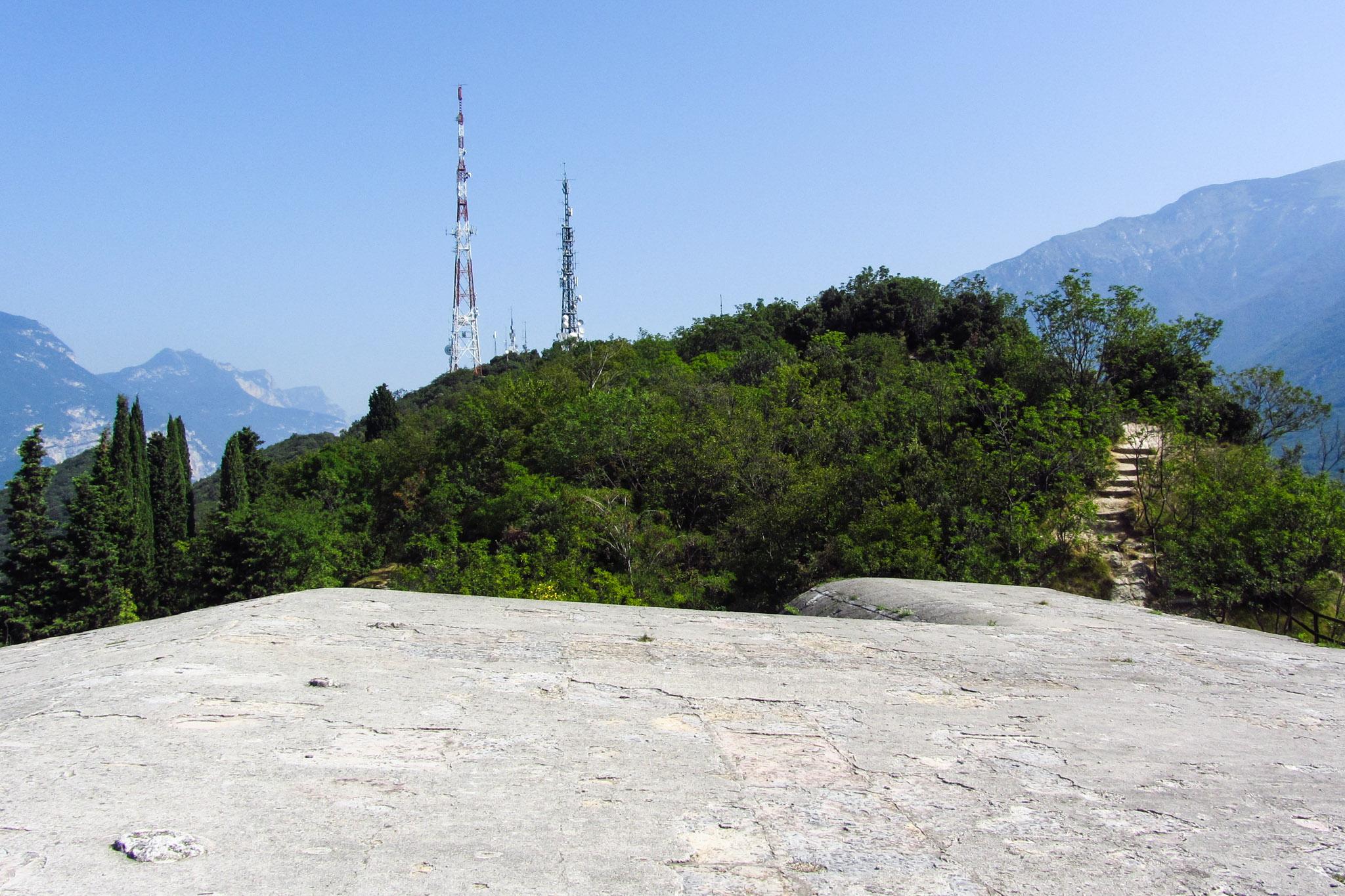 Die Sendemasten auf dem Monte Brione
