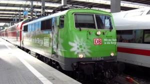 Die Alpenvereins Lok im Hauptbahnhof München
