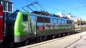 Die Lok im Holzkirchner Bahnhof, einem Flügelbahnhof des HBF München