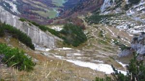 Der Abstiegsweg vom Stripsenjochhaus ins Kaiserbachtal
