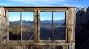 Das Fenster zum Hof? Dieses hier ist mit Blick nach Osten