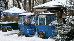 Und so sehen die Gondeln am Milchhäusl mit Schnee aus. Im Januar 2010.