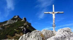 Das Tavonaro-Kreuz und der Stripsenkopf