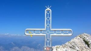 Das Gipfelkreuz der Cima Valdritta, höher geht es am Monte Baldo nicht mehr