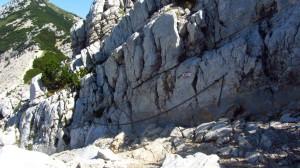 Die Kettensicherung auf dem Monte Baldo Wanderweg von oben