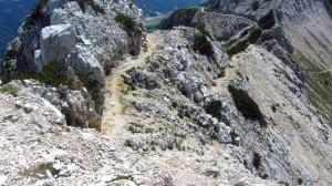 Steiniger Wegabschnitt an der Cima Valdritta