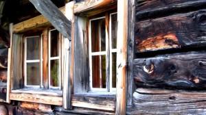 Ein Fenster am Kärlingerhaus