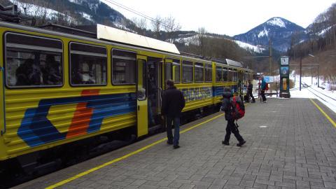 An der Talstation der Wendelstein-Zahnradbahn in Brannenburg