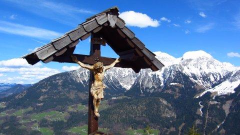 Das Gipfelkreuz des Grünstein
