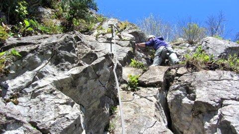 Im Klettersteig am Hanauerstein - steil aufwärts