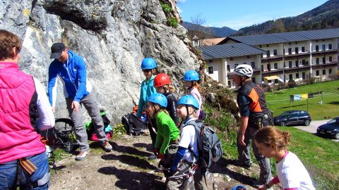 Einweisung zum Klettersteiggehen am Hanauerstein