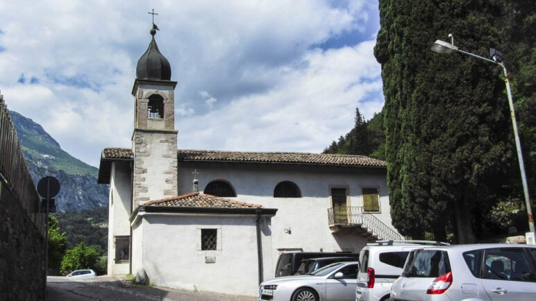 Die Kirche Santa Maria di Laghel