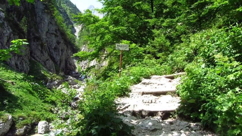 Am Aufstieg in Richtung Höllentalangerhütte