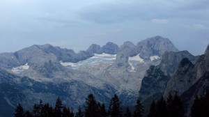 Der Gosaugletscher am Morgen, von der Gablonzer Hütte aus gesehen