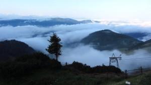 Morgennebel unterhalb der Hofpürglhütte
