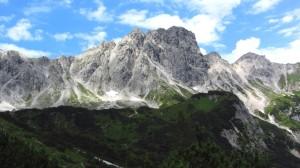 Blick zum Steiglkogl - Links der Aufstiegsweg zum Steiglpass