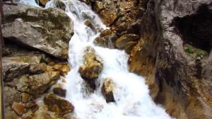 Wildwasser in der Höllentalklamm