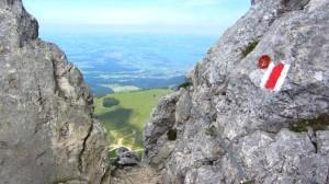 Einstieg der seilversicherten Stelle kurz vor dem Kampenwand-Gipfel