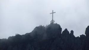 Am Kampenwand-Gipfel ist einiges los